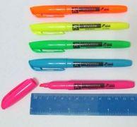 Маркер-текст Vivilite . Клиноподібний пишучий вузол. Ширина лінії 1-4 мм. Колір чорнила: рожевий HY-100200 (12)