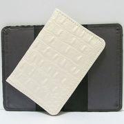 Р-3820 Обложка для паспорта Белая кожа (10/400)